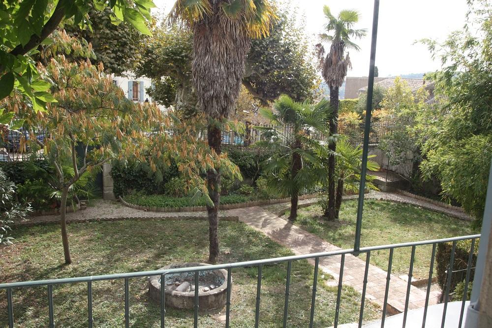 Montolieu garden
